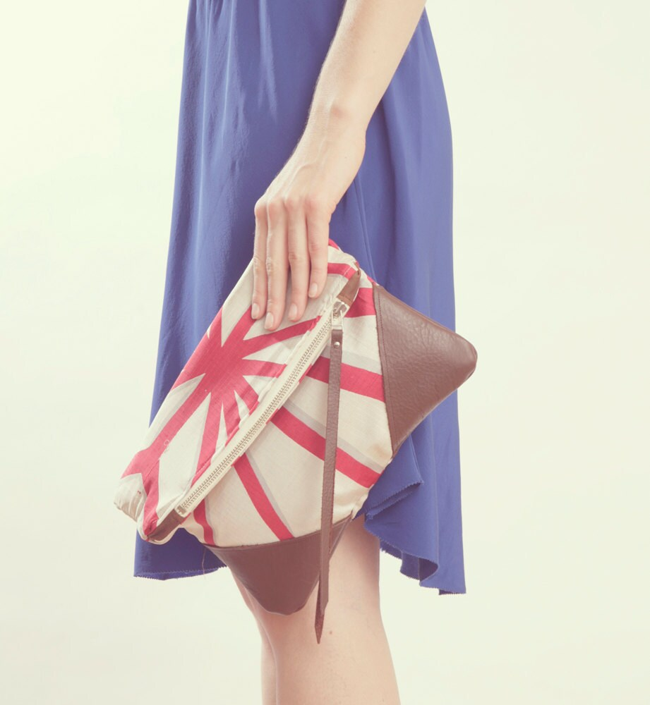 NOMAD Collection - STELLA Leather & Kimono Clutch vintage geometric