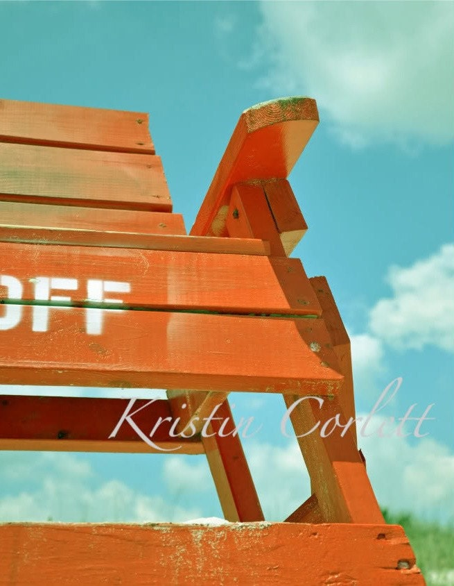 Keep Off - lifeguard tower 8x10 (in stock)