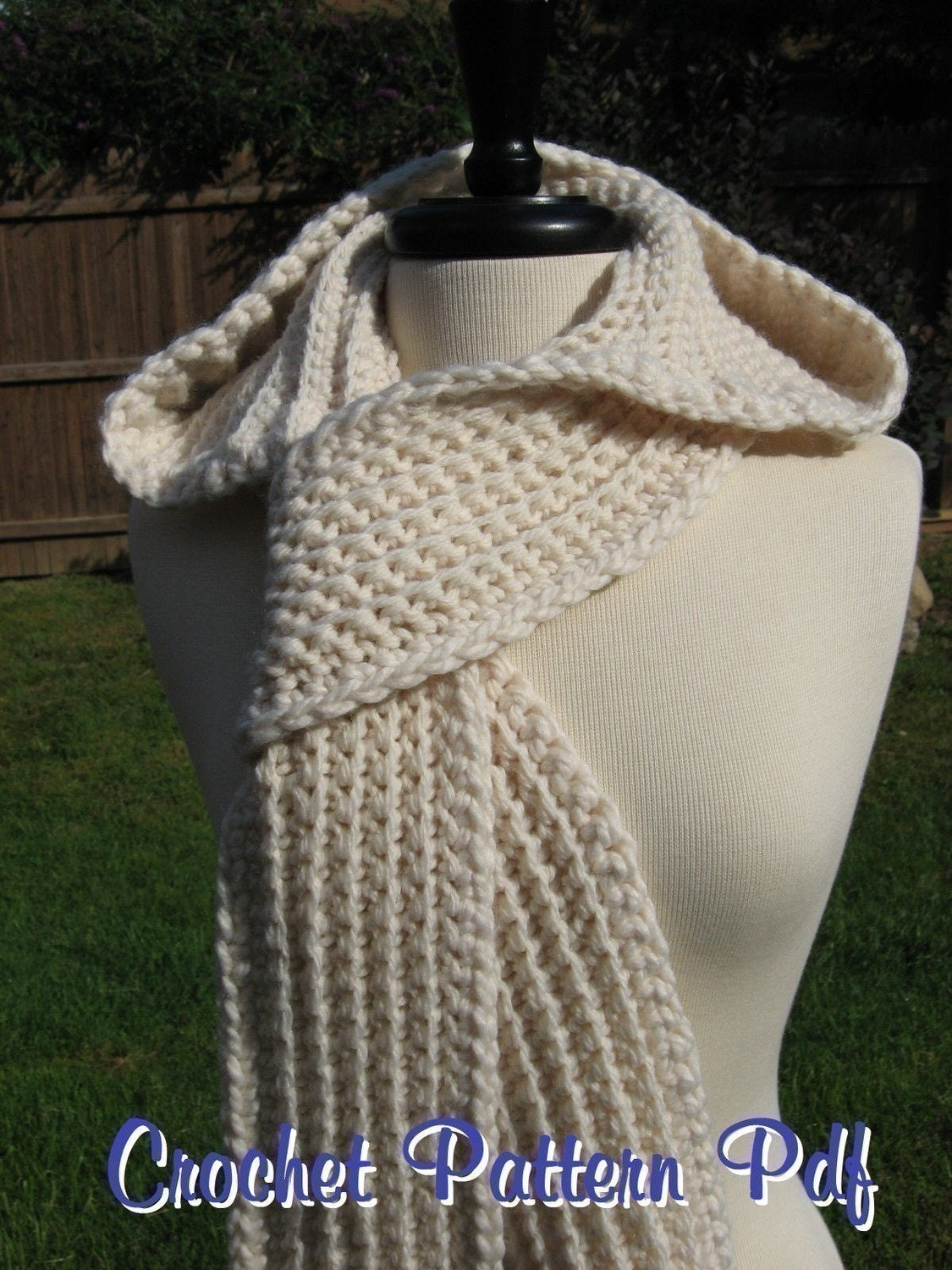 Free Knitting Pattern Hooded Scarf Pockets : HOODED SCARVES PATTERNS - Patterns 2013