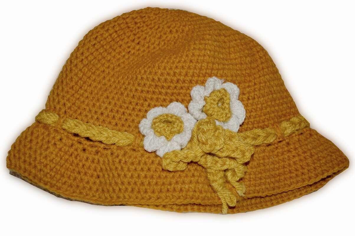 Ladies' hat with crochet flower, Women Winter Crochet Hat, Women Beanie, White, Hat with flower, YellowChunky beret