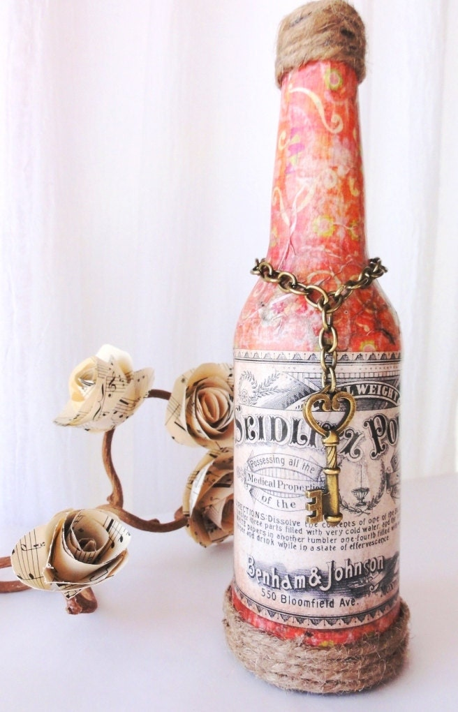 Амелия-Vintage этикетке бутылки в Coral, центральным для свадьбы, душ, уникальный декор дома, ваза
