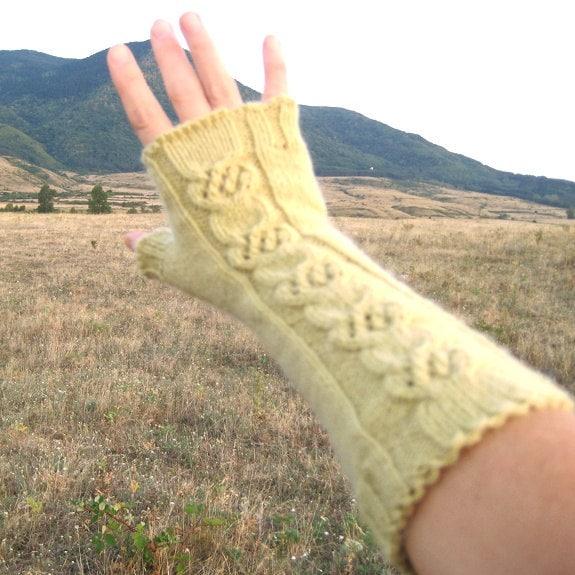 Cable Hand Knit Fingerless Gloves Fingerless Mittens Long Elegant Wool Khaki Beautiful guilloche Slightly curly edge Handmade by Dimana