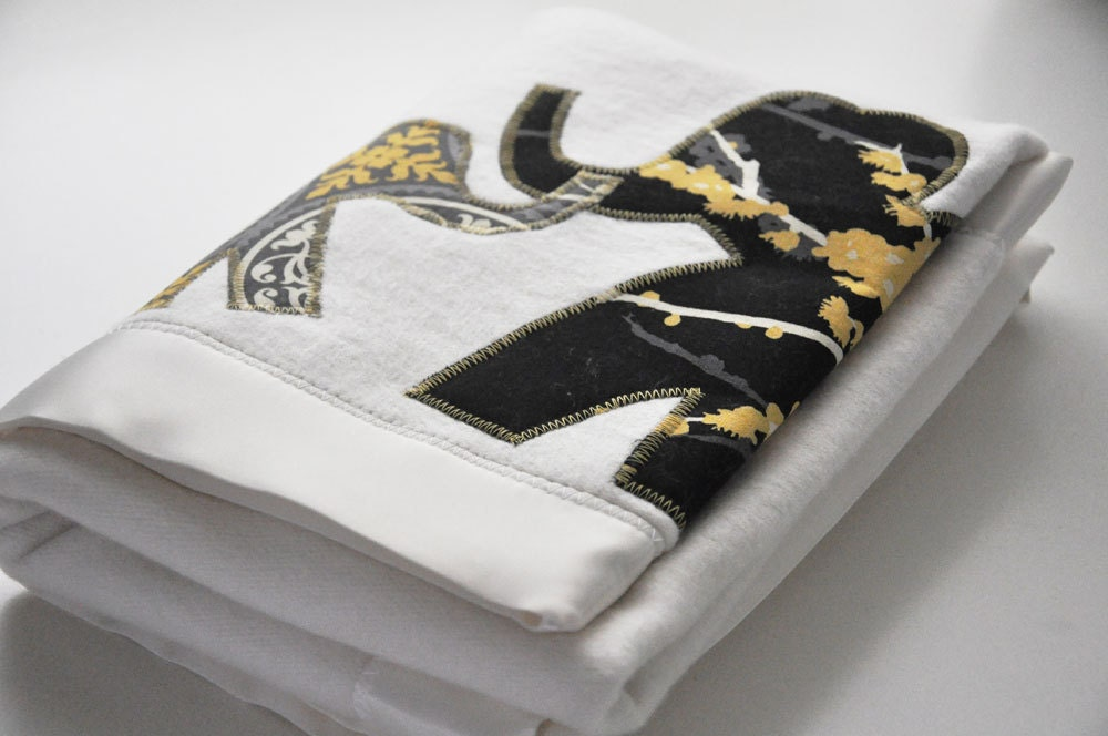Organic Elephant Baby Blanket -- Mama and Baby in Yellow Gold, Gray and Black - bankiebaby