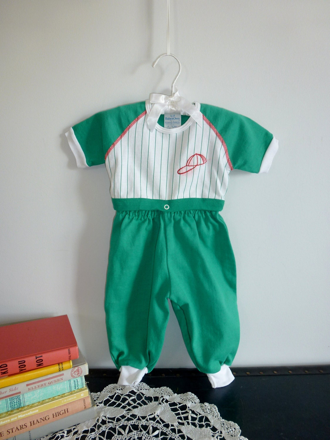 Baseball Outfit - Apearsvintagegoodies