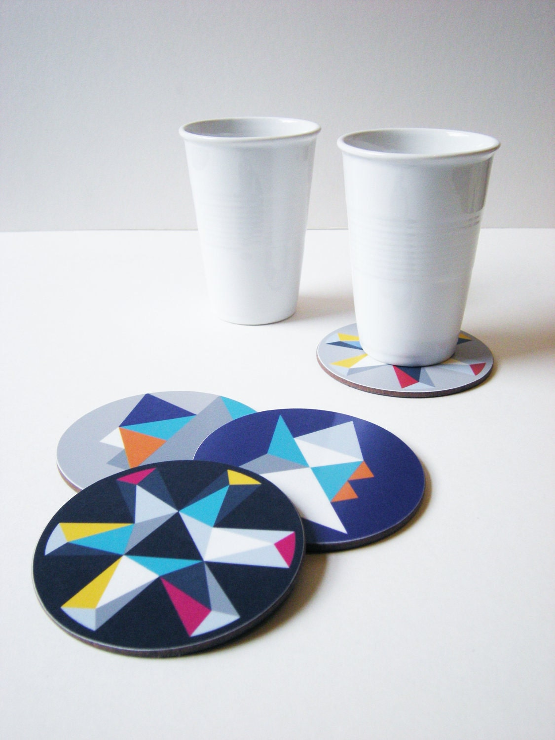 Mixed coaster set.