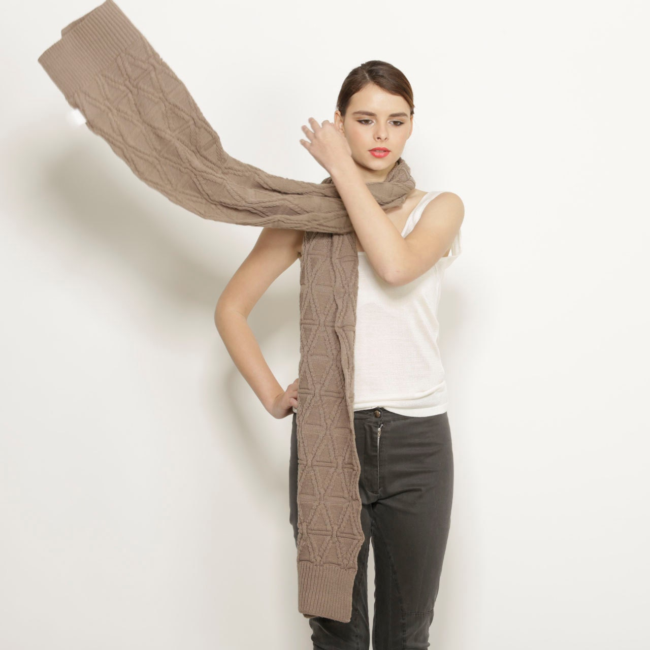 Women brown huge knit scarf - winter fashion - AndyVeEirn