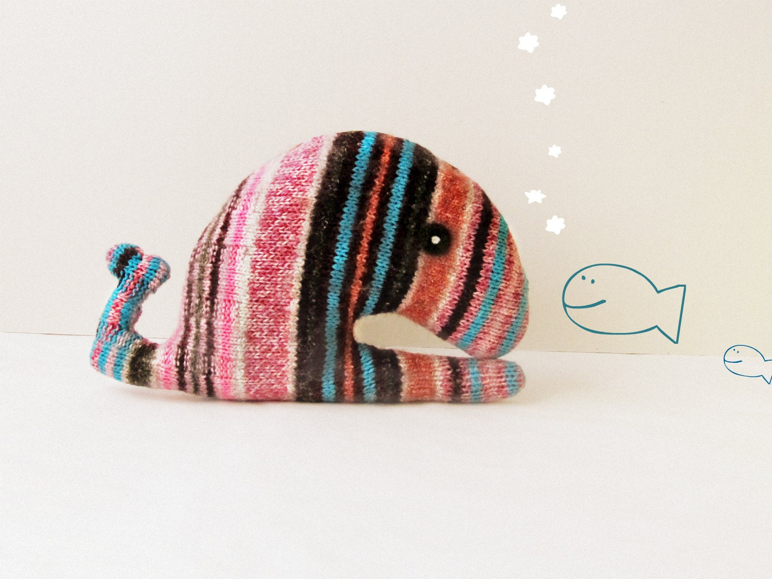 Upcycled whale striped - Soft and cuddling plushies - theYarnKitchen