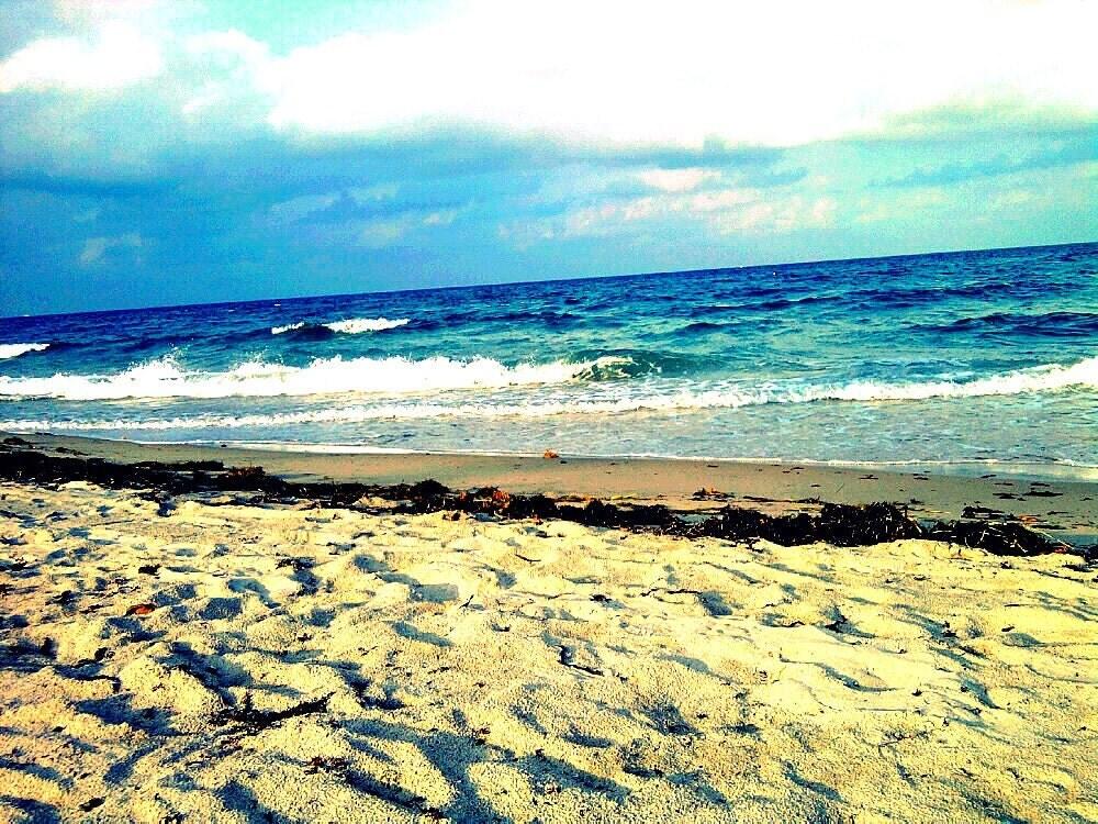 Beach Photography. Beach Art Print of Turquoise Blue Sea, Deep Teal Ocean Waves, and Nougat Sand. Postcard Mini Art Print. Beach Wall Art.