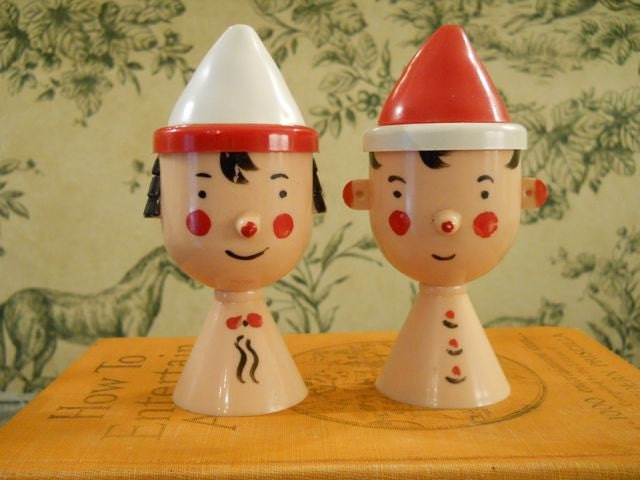 Plastic Salt and Pepper Shakers - Boy and Girl Heads With Red and White Hats - FlossyBobbsey