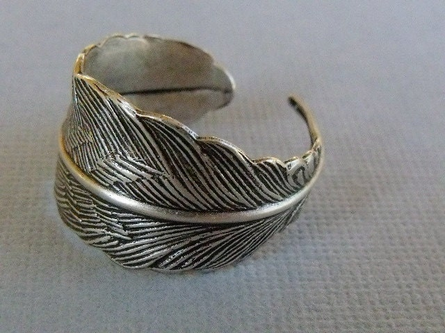 Silver Feather Ring, Feather wrap Ring, Adjustable Feather Ring - pinkingedgedesigns