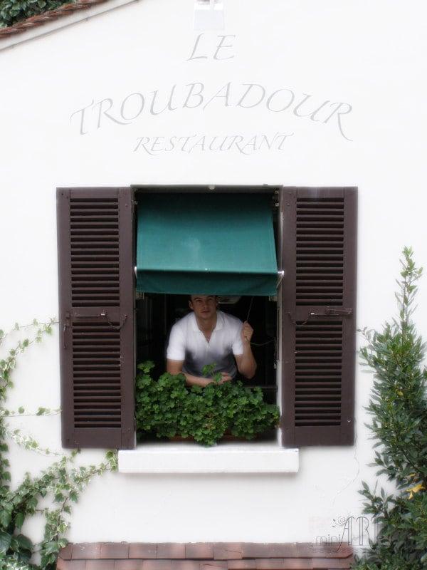 Paris photography, France, Montmartre, cafe, restaurant window on parisian street, photograph 5x7 (13x18) - AnnaKiperPhoto