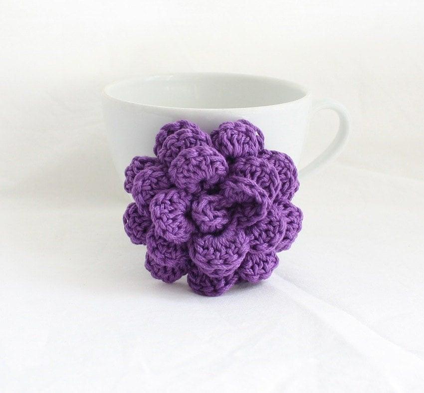 Flower Pin, Crochet Brooch, Purple Flower Brooch, Hand-Made Shawl Closure, Bridesmaid Gift - HappyFortune