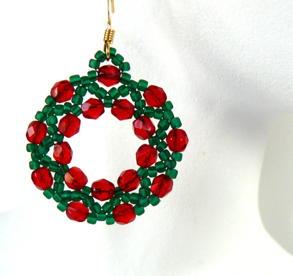 Christmas Wreath Earrings Red and Green Beadwork Earrings Holiday Jewelry Bead Weaving Beaded Christmas Jewelry Free Shipping