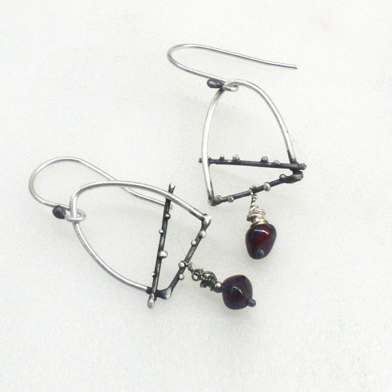 Dangle Sterling Silver Granulation Earrings with Garnet Gemstone. Minimal Design. READY TO SHIP. Spring Trends - applenamedD