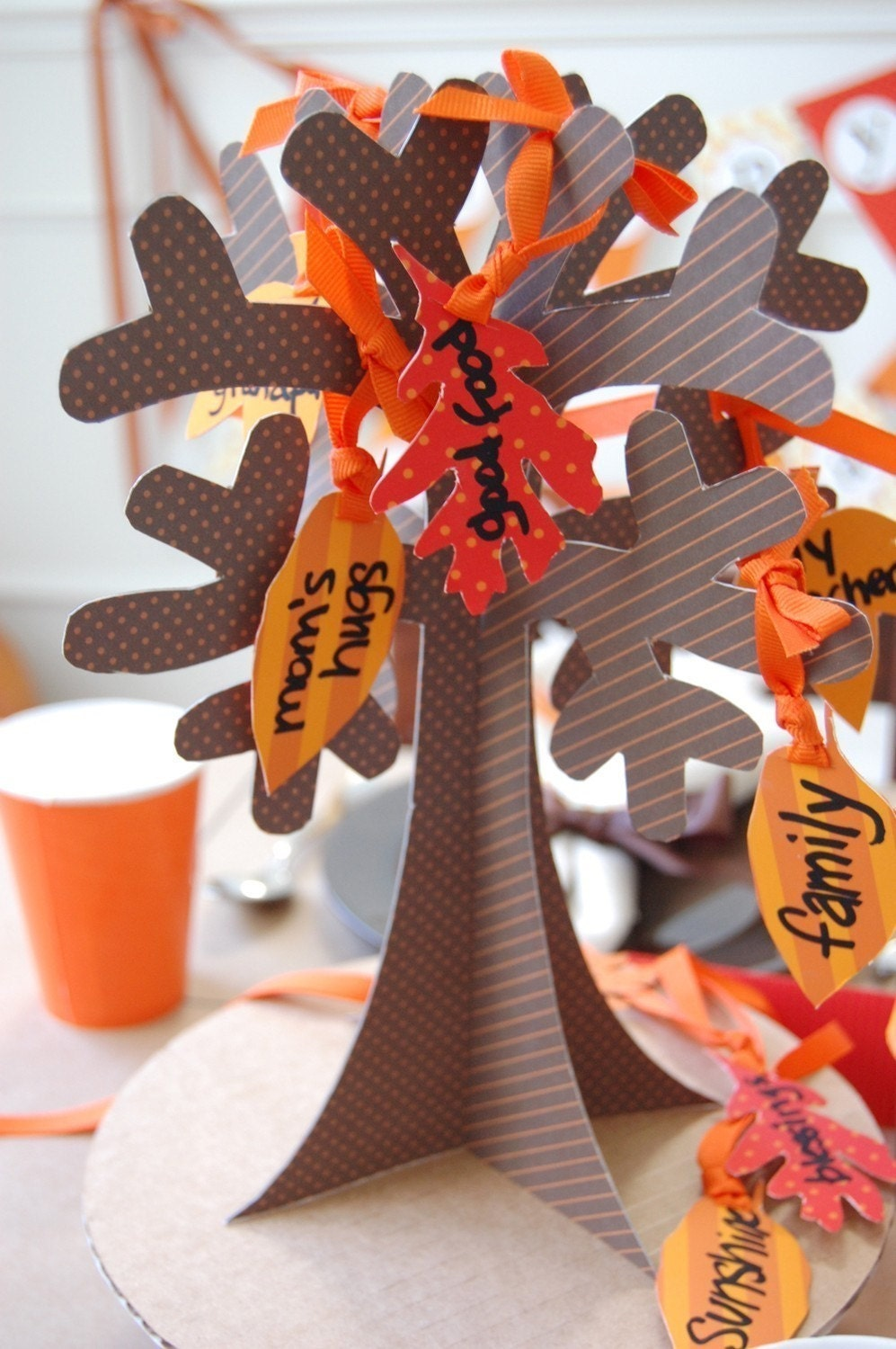 Tree of Thanks with Leaves - DIY printable papercraft