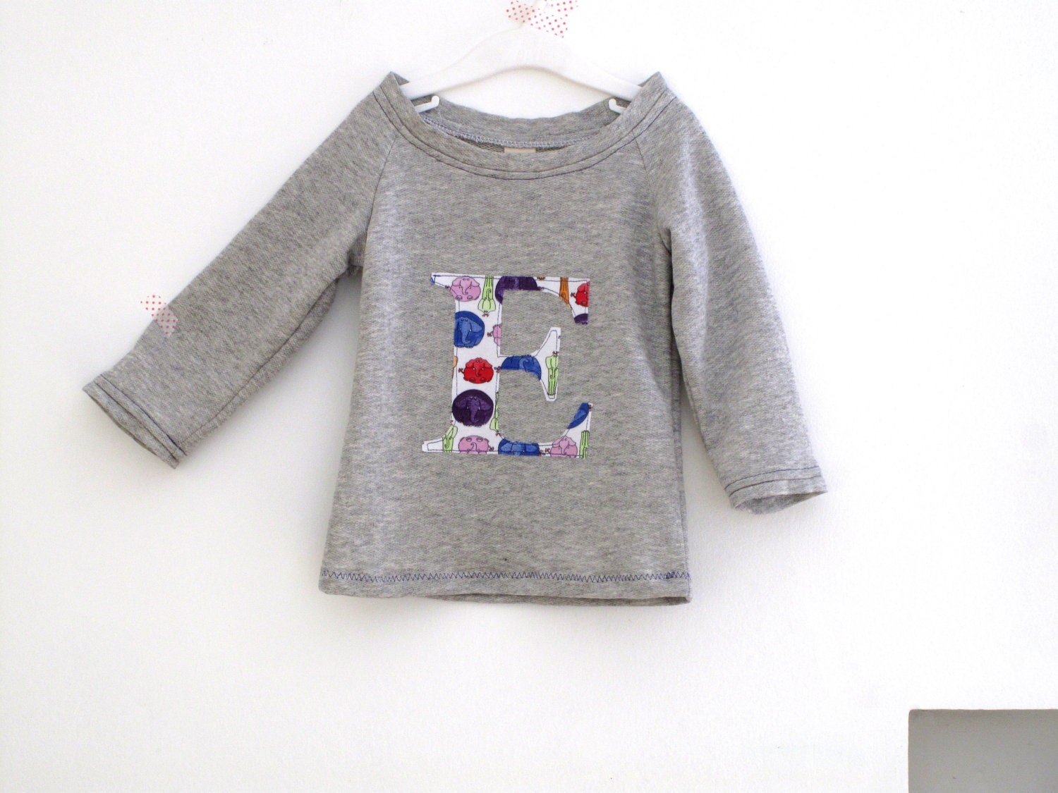 Girl sweatshirt with personalized initial, scoop neck toddler sweater, sport style heather grey sweatshirt. Sizes 3T, 4y, 5y. - arch190