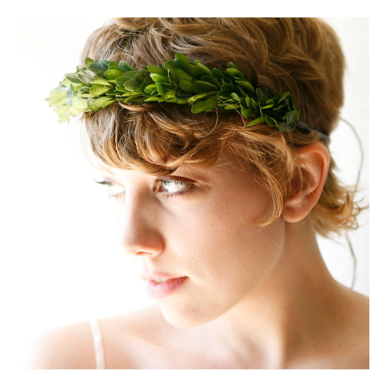 bridal hair wreath natural boxwood tiara