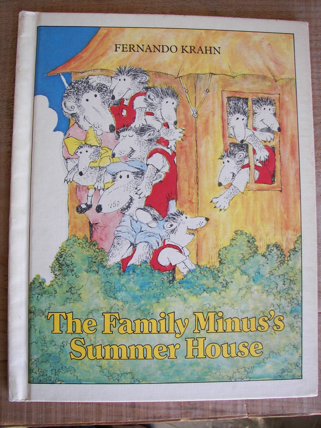 The Family Minus's Summer House by Fernando Krahn - 1980 copyright Vintage (hardcover) - TheBookTree