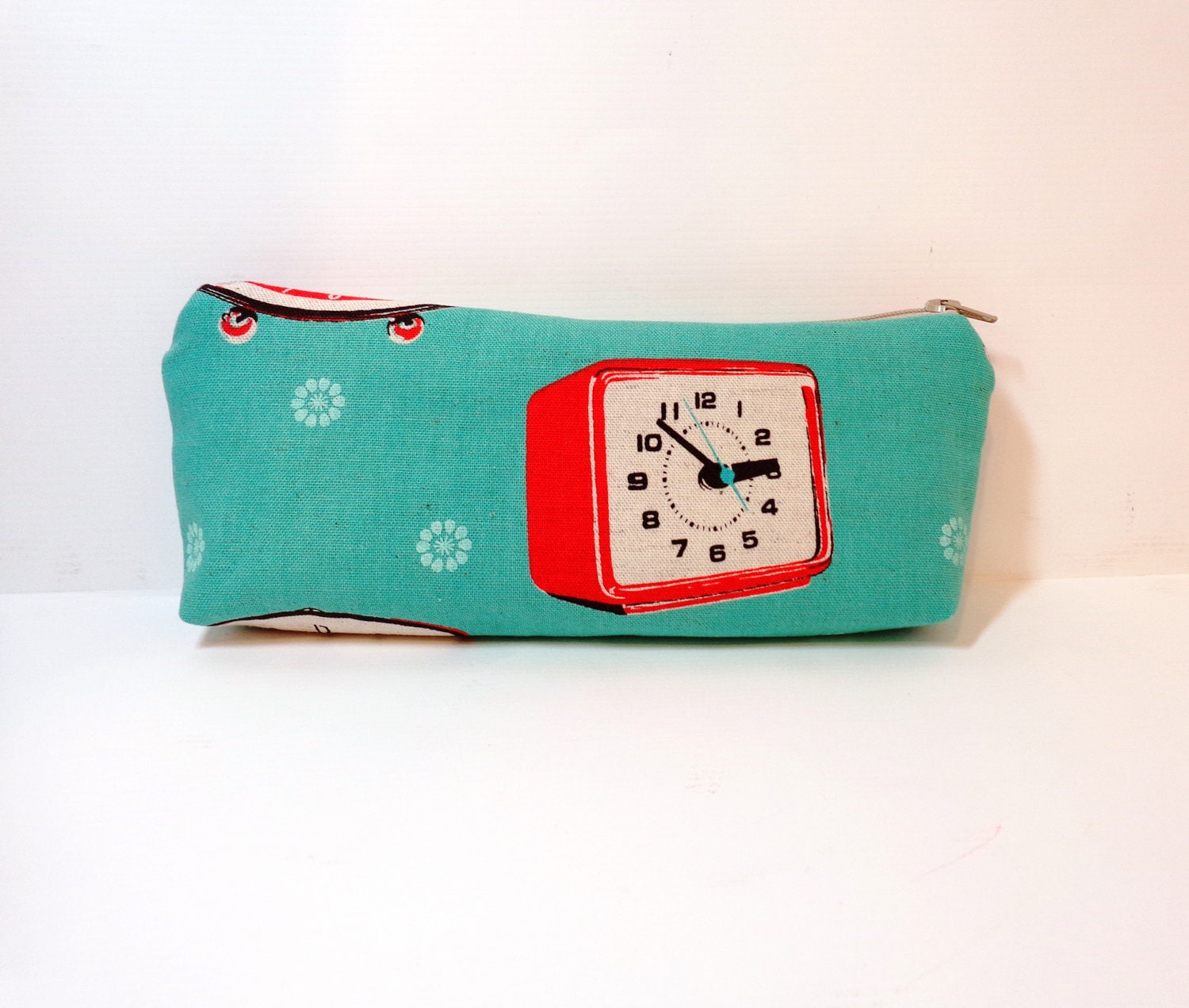Medium Zipper Pouch Pencil Case Cosmetic Pouch Toiletery Bag Retro Alarm Clock - handjstarcreations