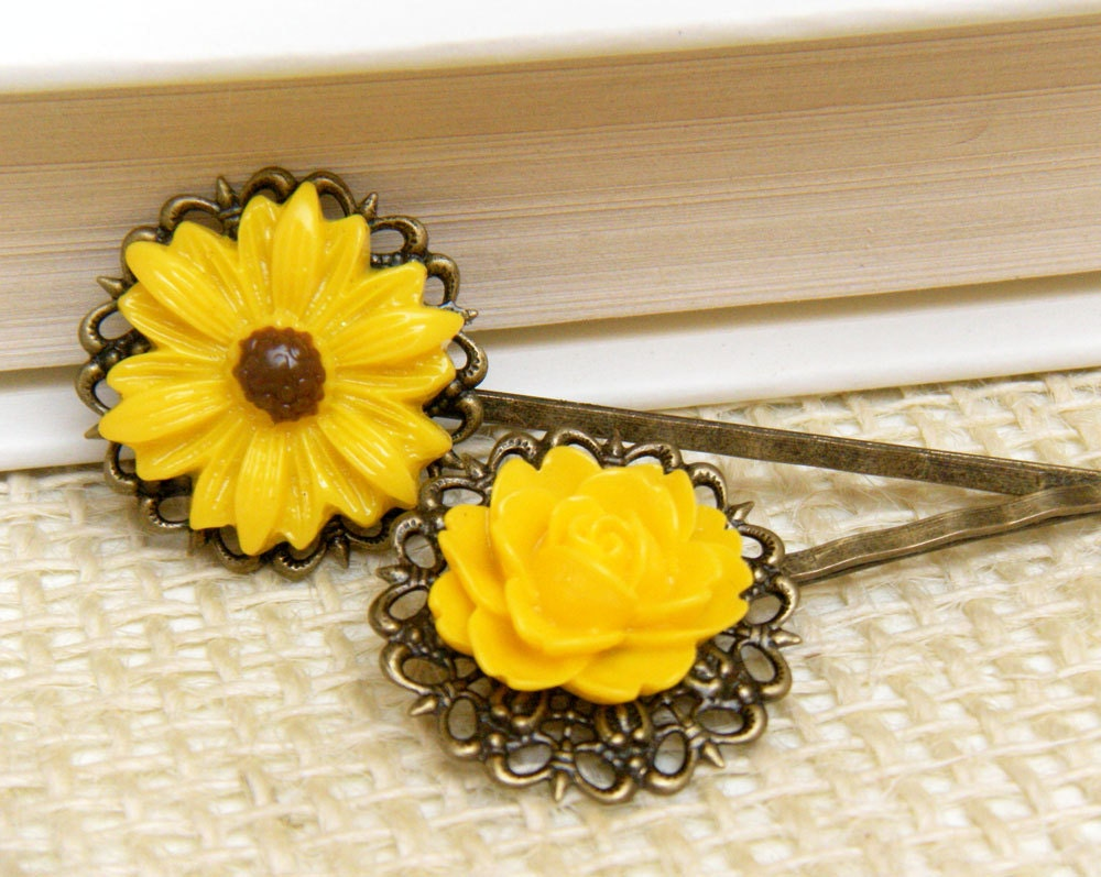 Yellow Flower Hair Pin Set, floral hair pins, sunflower hair pins - merryalchemy