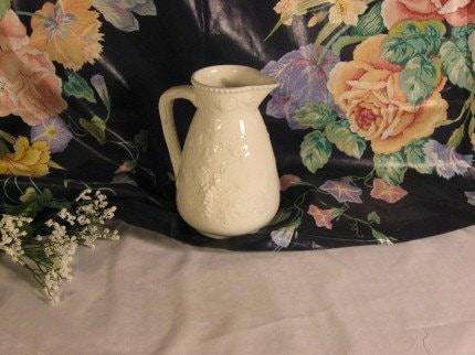 Price:$29.95 - Arnart Japan Garden Harvest Pattern 6 1/4-inch