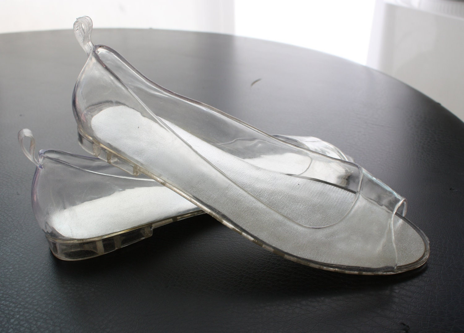 Clear Jelly Shoes Vintage 80s clear jelly shoes with glitter, size 9