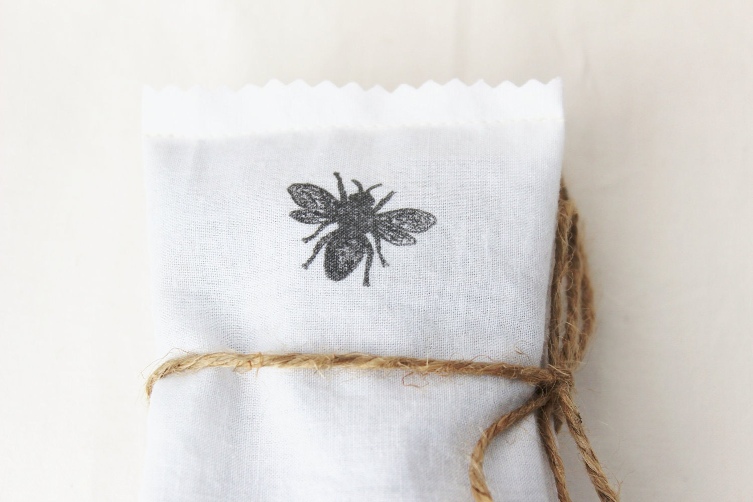 Lavender Dryer Bags, Organic Laundry, Honey Bees, Natural History