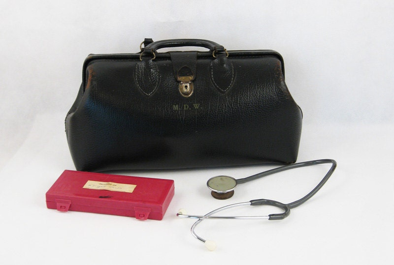 Vintage Lady Doctor Black Schell Pebbled Leather Medical Bag with Instruments