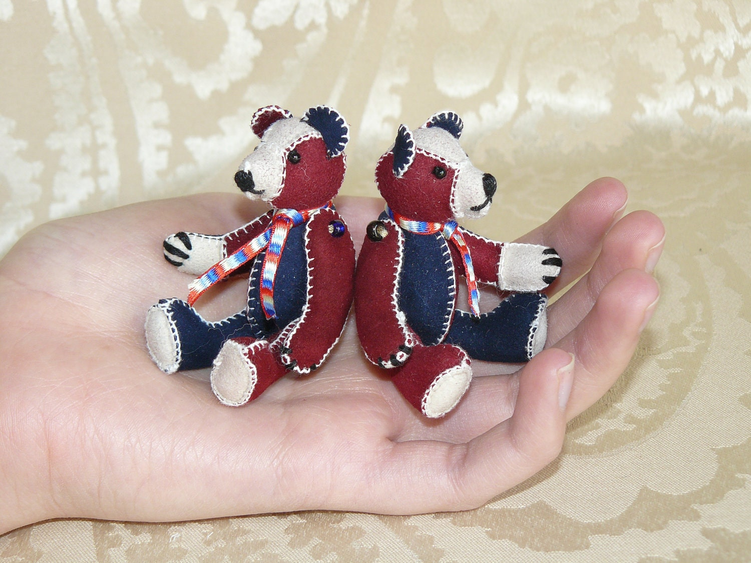 London 2012, Olympics, Queens Diamond Jubilee, Custom made, Miniature bear, artist bear, red, white, blue, leather, hand sewn.