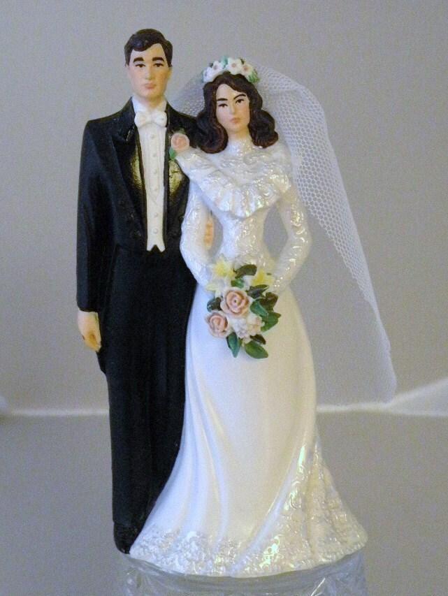 1991 Wilton WEDDING CAKE Topper From Klassyglassandmore