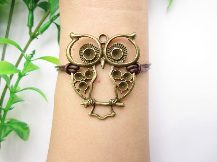 Owl bracelet,antique bronze bracelet, hollow-out lovely owl pendant,leather bracelet,alloy bracelet,owl jewelry