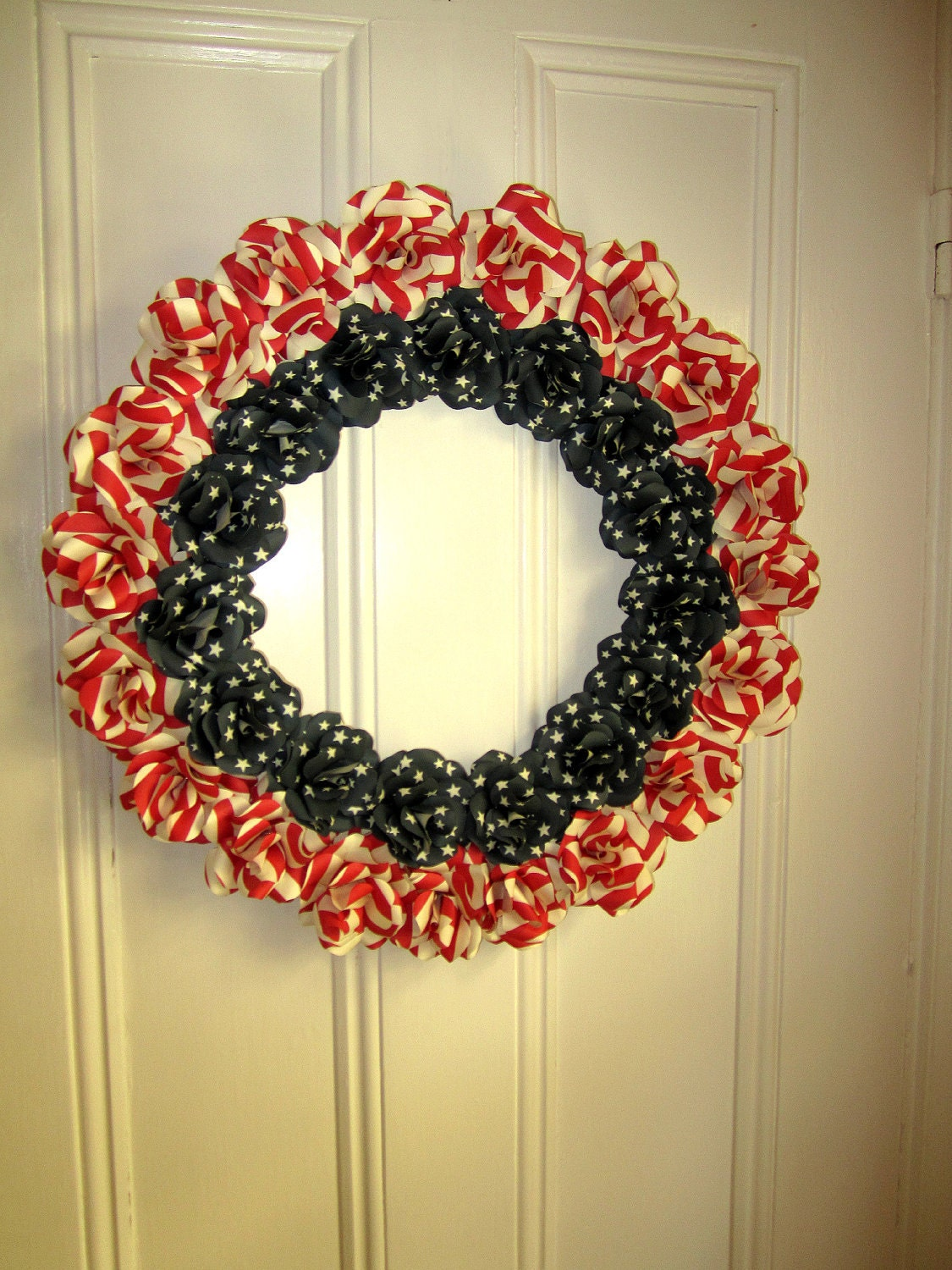 "21"" Americana Stars and Stripes Paper Rose Wreath - PAPERFLORISTS"