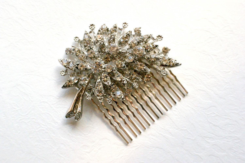 Vintage style bridal clear crystal rhinestone leaflet design  hair comb.  wedding hair piece.  Romantic bridal head piece
