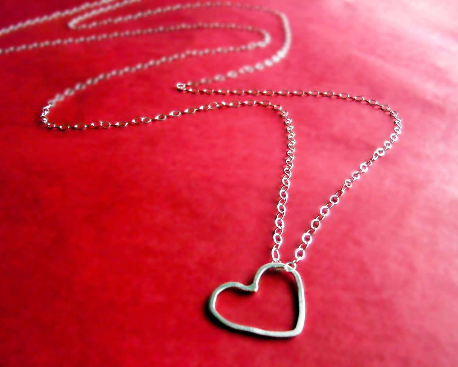 hammered heart  necklace - sterling silver - cowriegirl