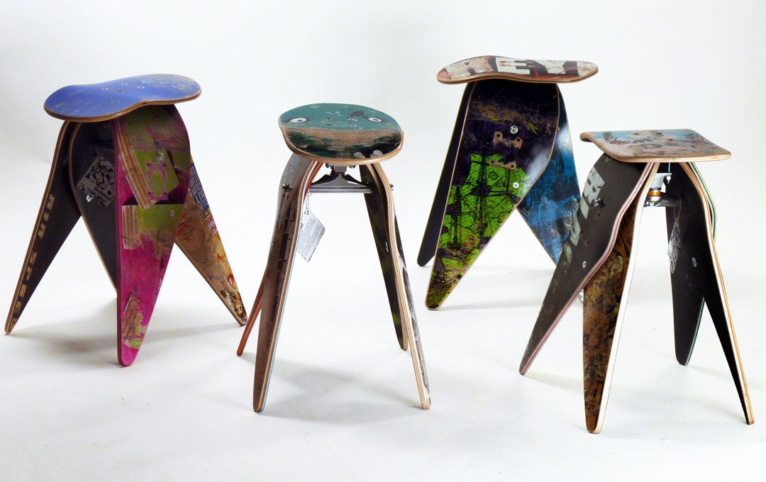 Let 39 s stay recycled skateboard furniture ideas for Skateboard chair plans