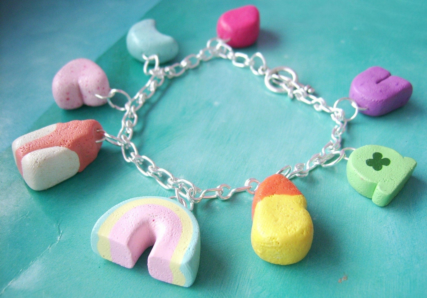 lucky charms protective amulets talismanic jewelry and