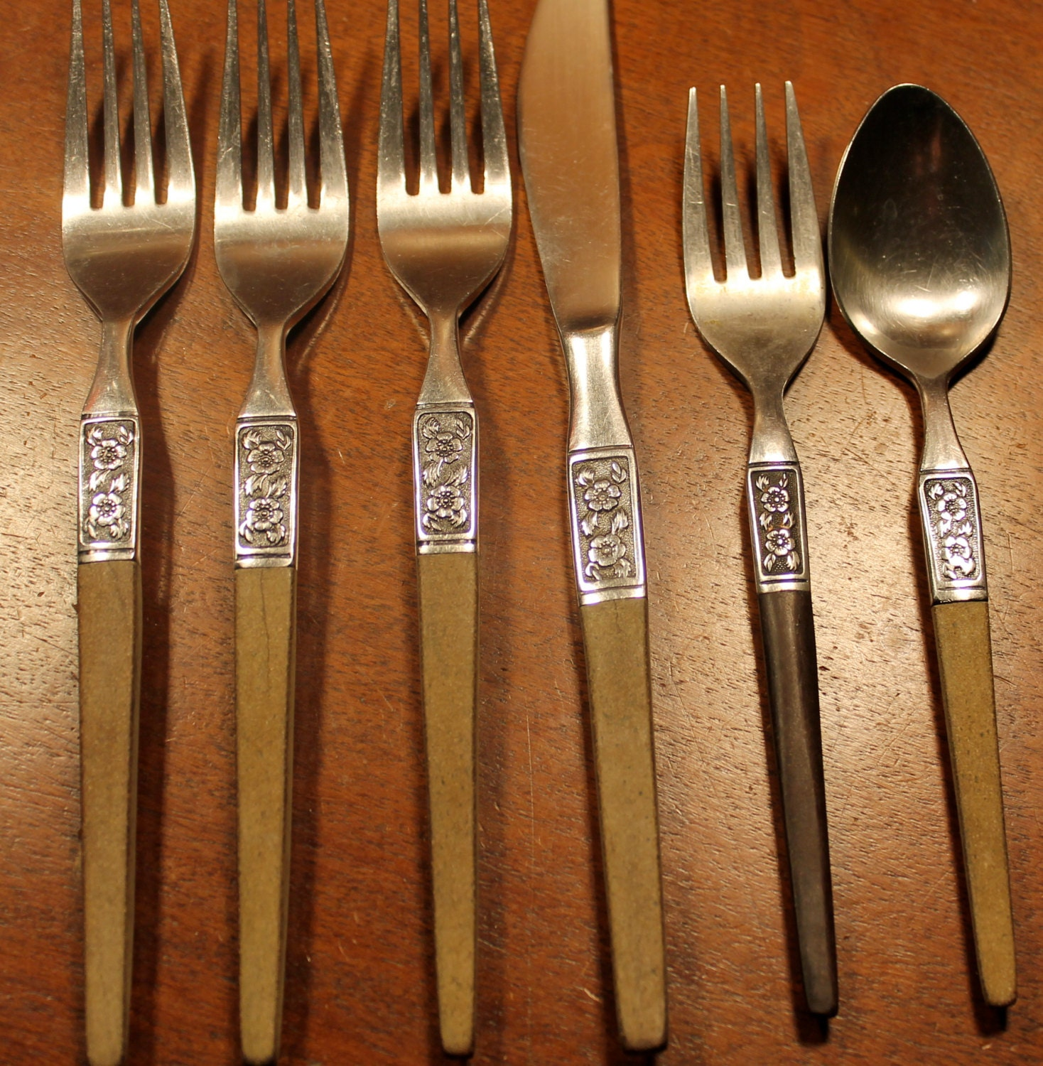 IMPERIAL Stainless Flatware IMI41 starburst Star by AtomicHoliday