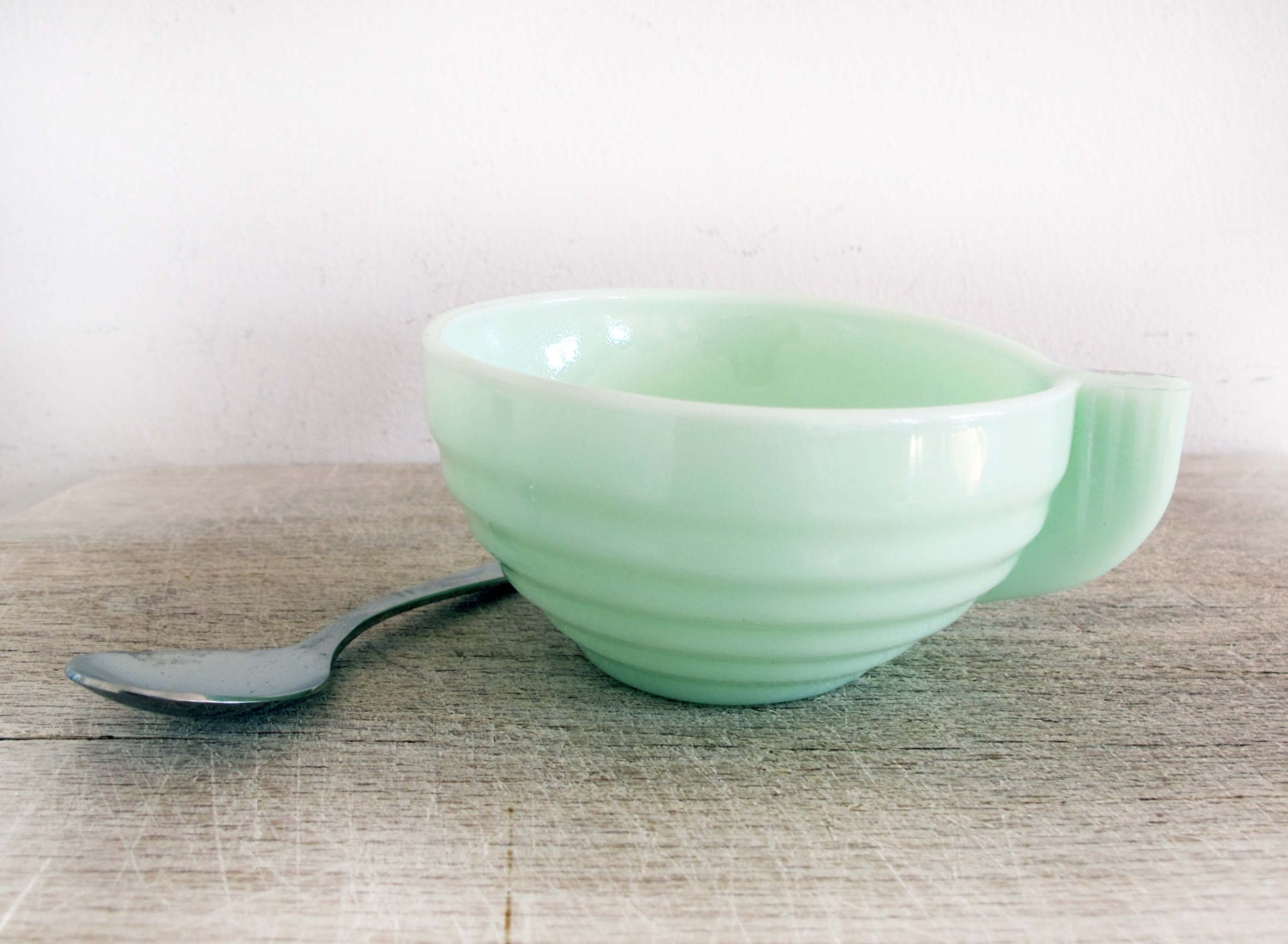 Fench kitchen: 1930's Jadeite Cup, coffee cup or tea cup, jadeite glass, jadite, Art Deco - FrenchMelody