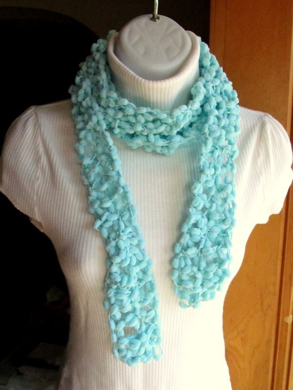 Crochet PomPom Scarf - LazyTcrochet