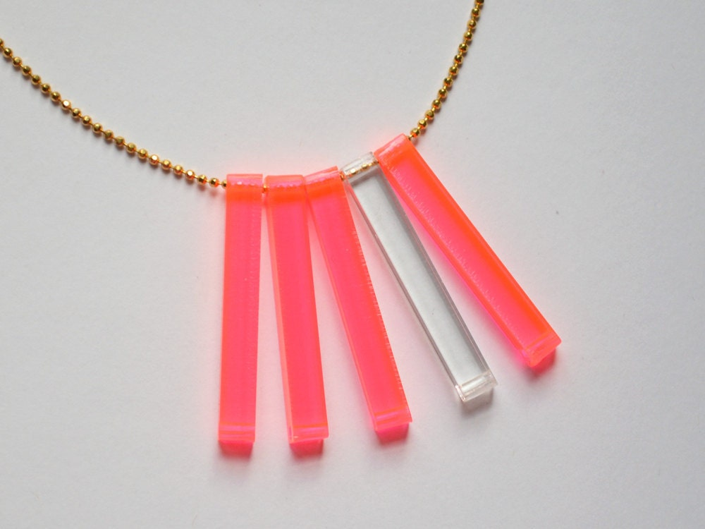 Lasercut Neon Fluorescent Pink and Clear Starburst Necklace - 18&