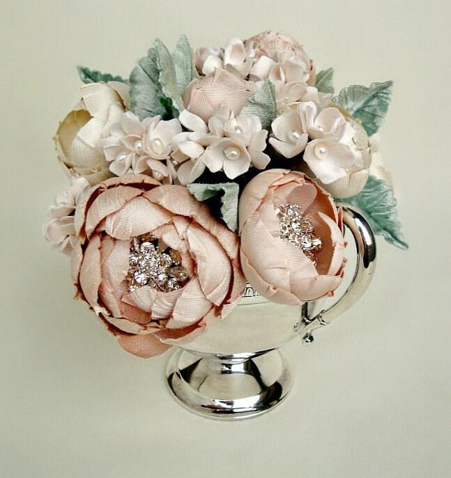 Покраснев Цветет в Vintage плиты серебряная чаша-единственный в своем роде