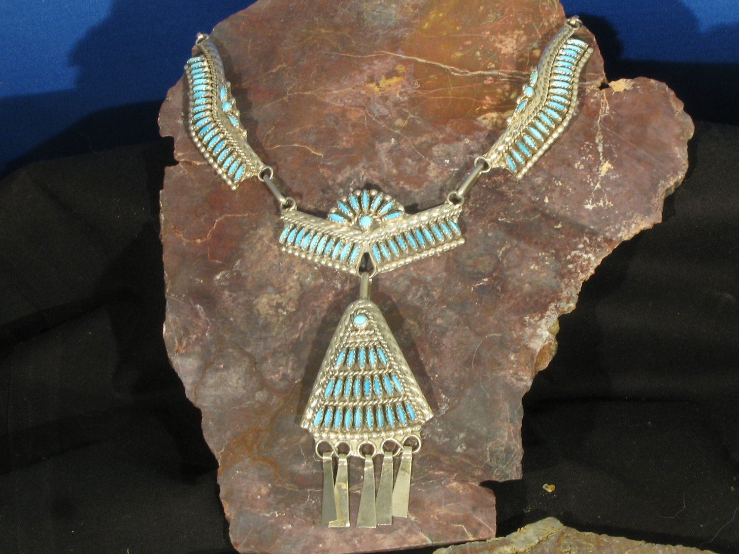 Zuni needle point Classic necklace set