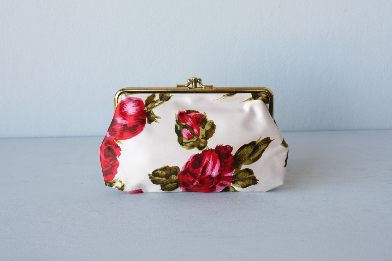 floral clutch / floral purse /satin clutch purse / floral print bag / kisslock purse