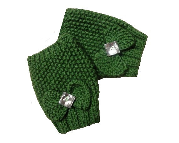 Green Hand Knit Fingerless Gloves - With Bows and Crystal Rhinestone Buttons tagt