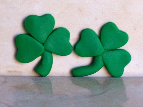 St Pattys Day Clover Polymer Clay Bead Bow Center