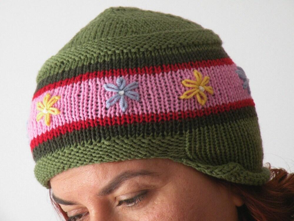 Hand Knit Skirted Helmet Cap - ArzuMusaKnitting