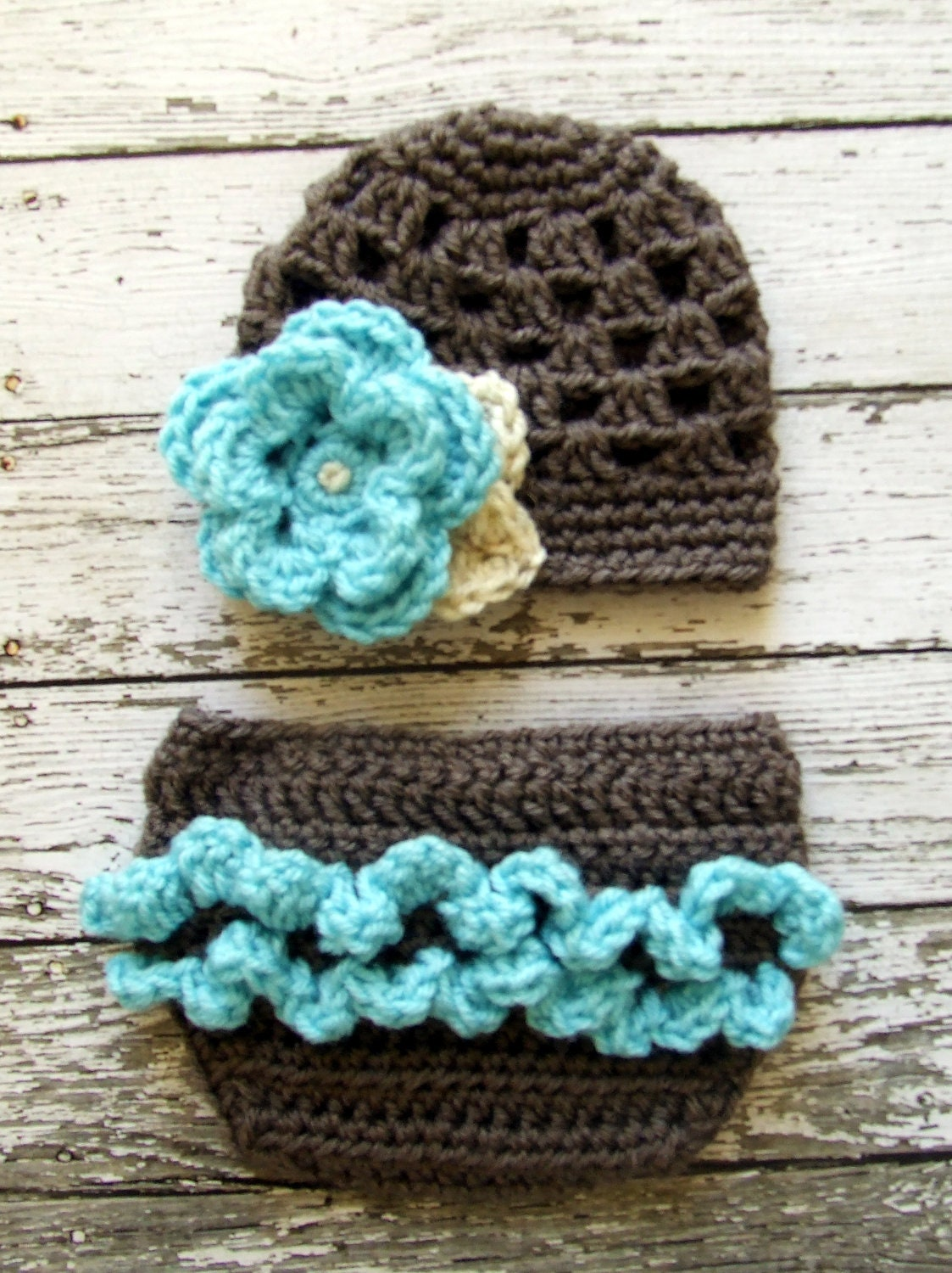 Free Crochet Pattern Diaper Cover With Ruffles : Diaper cover with ruffle.. - BabyCenter
