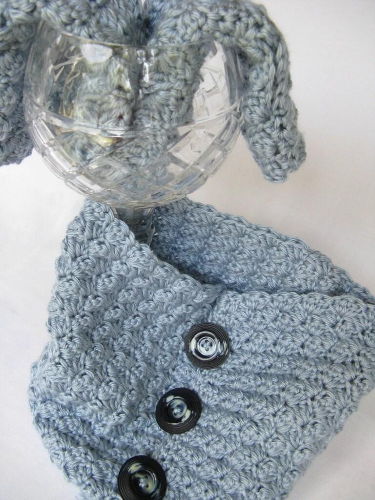 Ripples Crochet Neckwarmer Cowl Pattern - Blue - Gift Idea -