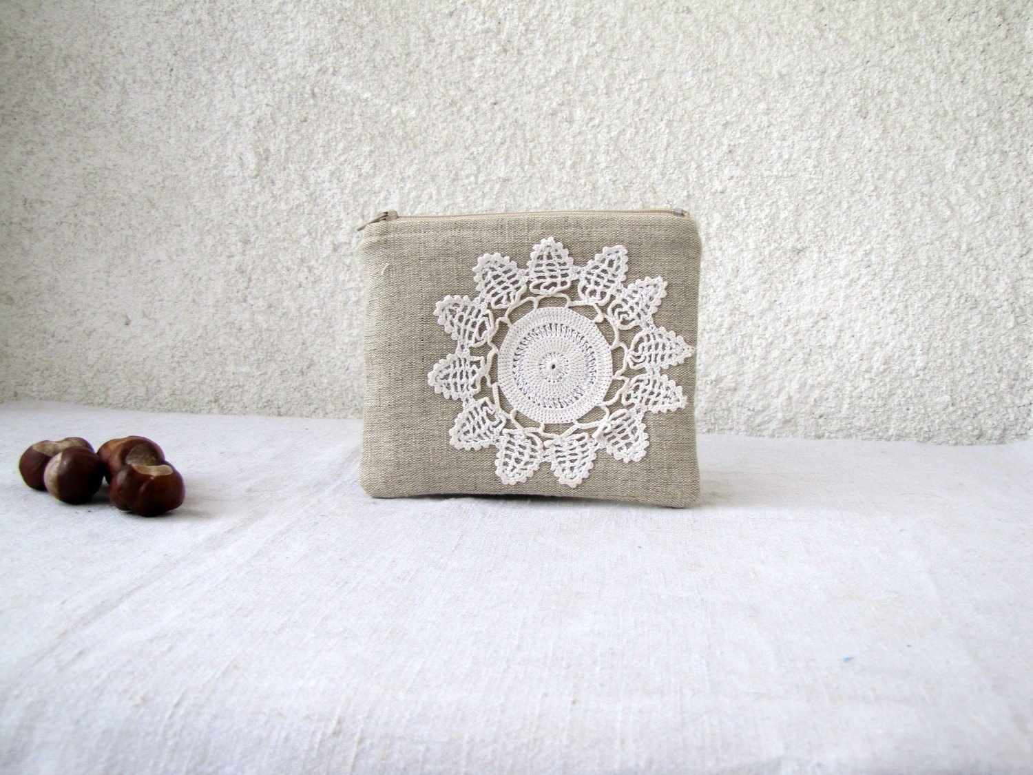 Cute little pouch  - natural linen and vintage doily flower