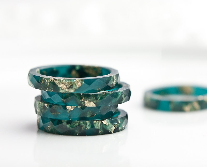 Teal Resin Stacking Ring Gold Flakes Thin Faceted Ring OOAK boho minimalist jewelry deep teal emerald petrol blue rusteam - daimblond